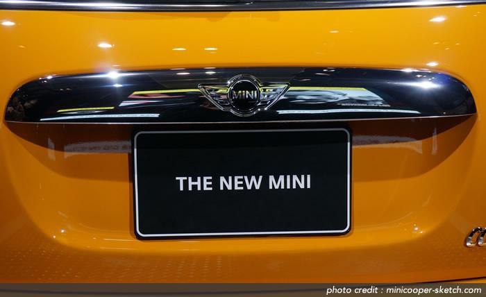 MINIクーパーS F56 バッグドアハンドル