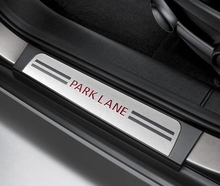 ミニクロスオーバー R60 特別仕様車 パークレーン 専用エントランスプレート
