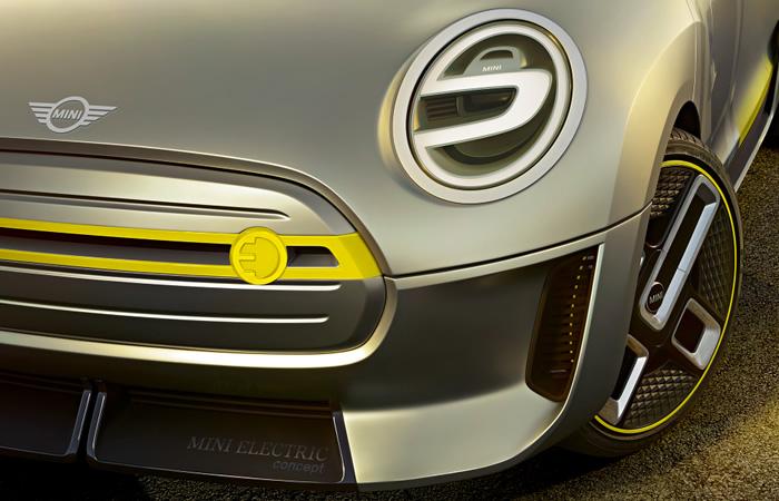 電気自動車 MINI エレクトリック コンセプト 2017年 ヘッドライト