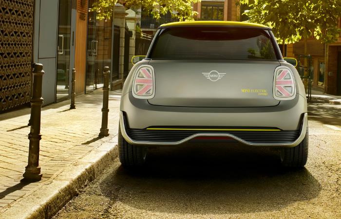 電気自動車 MINI エレクトリック コンセプト 2017年 テールランプ