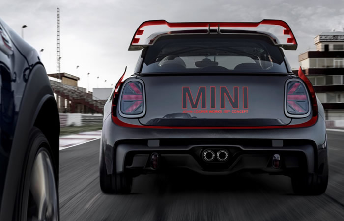 ミニ F56 ジョンクーパーワークス GP コンセプト リアエアロ