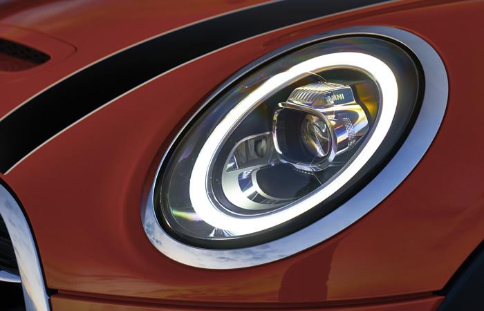ミニ 3ドア F56 マイナーチェンジ 2018年  LEDヘッドライト デイライト