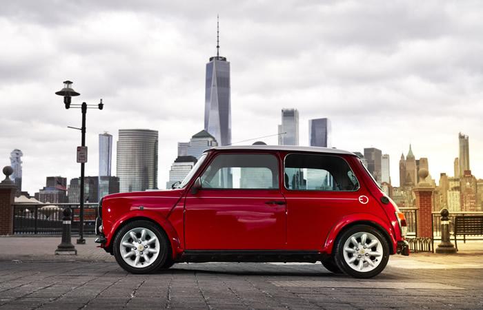 クラシックミニ EV 電気自動車 サイド