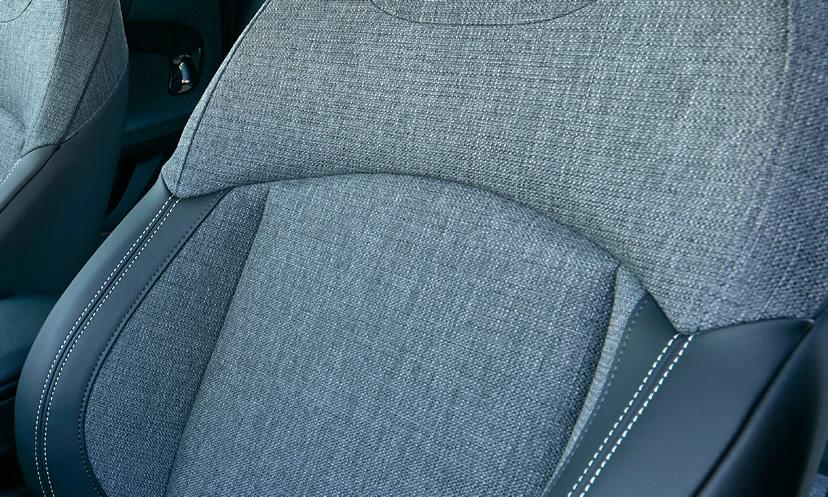 ミニ5ドア クーパーの限定車 ローズウッドエディション クロス/レザレットシート