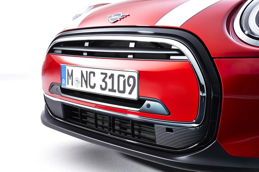 ミニクーパー マイナーチェンジ 2021年 LCI 3ドア クーパー フロントグリル
