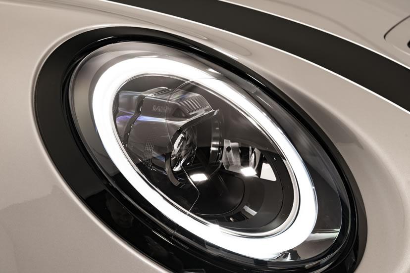 ミニクーパー マイナーチェンジ 2021年 LCI LEDヘッドライト